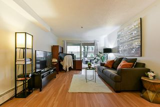 """Photo 3: 312 715 ROYAL Avenue in New Westminster: Uptown NW Condo for sale in """"VISTA ROYAL"""" : MLS®# R2270488"""