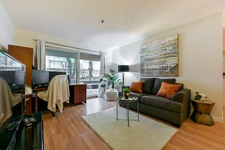 """Photo 8: 312 715 ROYAL Avenue in New Westminster: Uptown NW Condo for sale in """"VISTA ROYAL"""" : MLS®# R2270488"""