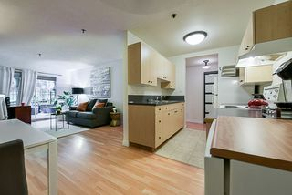 """Photo 1: 312 715 ROYAL Avenue in New Westminster: Uptown NW Condo for sale in """"VISTA ROYAL"""" : MLS®# R2270488"""