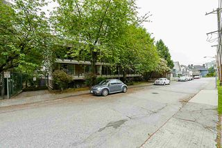 """Photo 18: 312 715 ROYAL Avenue in New Westminster: Uptown NW Condo for sale in """"VISTA ROYAL"""" : MLS®# R2270488"""