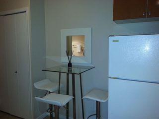 Photo 8: 802 5911 ALDERBRIDGE Way in Richmond: Brighouse Condo for sale : MLS®# R2271552