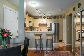 "Photo 7: 322 332 LONSDALE Avenue in North Vancouver: Lower Lonsdale Condo for sale in ""CALYPSO"" : MLS®# R2275459"