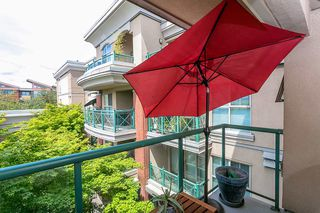 "Photo 14: 322 332 LONSDALE Avenue in North Vancouver: Lower Lonsdale Condo for sale in ""CALYPSO"" : MLS®# R2275459"