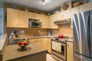 "Photo 5: 322 332 LONSDALE Avenue in North Vancouver: Lower Lonsdale Condo for sale in ""CALYPSO"" : MLS®# R2275459"