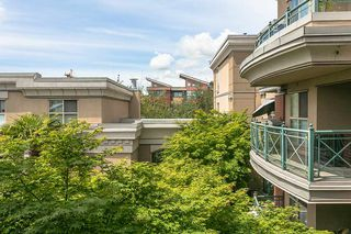 "Photo 15: 322 332 LONSDALE Avenue in North Vancouver: Lower Lonsdale Condo for sale in ""CALYPSO"" : MLS®# R2275459"