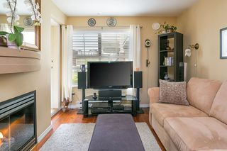 "Photo 2: 322 332 LONSDALE Avenue in North Vancouver: Lower Lonsdale Condo for sale in ""CALYPSO"" : MLS®# R2275459"