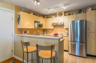 "Photo 6: 322 332 LONSDALE Avenue in North Vancouver: Lower Lonsdale Condo for sale in ""CALYPSO"" : MLS®# R2275459"