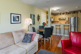 "Photo 3: 322 332 LONSDALE Avenue in North Vancouver: Lower Lonsdale Condo for sale in ""CALYPSO"" : MLS®# R2275459"