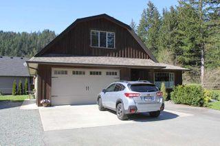 Photo 2: 21189 KETTLE VALLEY Road in Hope: Hope Kawkawa Lake House for sale : MLS®# R2275478