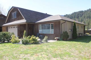 Photo 15: 21189 KETTLE VALLEY Road in Hope: Hope Kawkawa Lake House for sale : MLS®# R2275478
