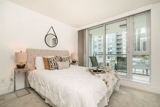 """Photo 11: 504 590 NICOLA Street in Vancouver: Coal Harbour Condo for sale in """"CASCINA"""" (Vancouver West)  : MLS®# R2278510"""