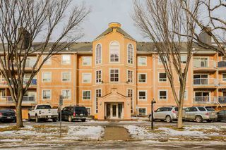 Main Photo: 207 9010 106 Avenue in Edmonton: Zone 13 Condo for sale : MLS®# E4125625