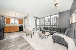 """Photo 4: 801 850 ROYAL Avenue in New Westminster: Downtown NW Condo for sale in """"THE ROYALTON"""" : MLS®# R2304317"""