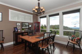 """Photo 6: 35826 TREETOP Drive in Abbotsford: Abbotsford East House for sale in """"Highlands"""" : MLS®# R2347337"""
