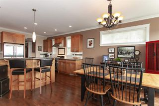 """Photo 5: 35826 TREETOP Drive in Abbotsford: Abbotsford East House for sale in """"Highlands"""" : MLS®# R2347337"""