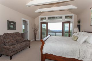 """Photo 10: 35826 TREETOP Drive in Abbotsford: Abbotsford East House for sale in """"Highlands"""" : MLS®# R2347337"""
