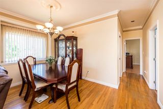 Photo 5: 496 E 59TH Avenue in Vancouver: South Vancouver House for sale (Vancouver East)  : MLS®# R2353574