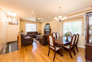 Photo 6: 496 E 59TH Avenue in Vancouver: South Vancouver House for sale (Vancouver East)  : MLS®# R2353574