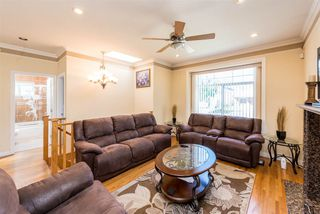 Photo 3: 496 E 59TH Avenue in Vancouver: South Vancouver House for sale (Vancouver East)  : MLS®# R2353574