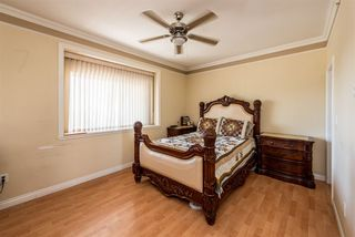 Photo 11: 496 E 59TH Avenue in Vancouver: South Vancouver House for sale (Vancouver East)  : MLS®# R2353574