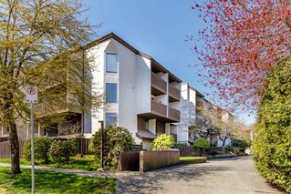 "Main Photo: 17 340 GINGER Drive in New Westminster: Fraserview NW Townhouse for sale in ""FRASER MEWS"" : MLS®# R2353847"