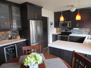 Photo 4: 117 McFadden Avenue in Winnipeg: South Transcona Residential for sale (3N)  : MLS®# 1909323