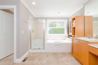 "Photo 10: 20408 67A Avenue in Langley: Willoughby Heights House for sale in ""The Gables at Harvest Lane"" : MLS®# R2365666"