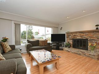 Photo 6: 7940 Galbraith Cres in SAANICHTON: CS Saanichton House for sale (Central Saanich)  : MLS®# 814340