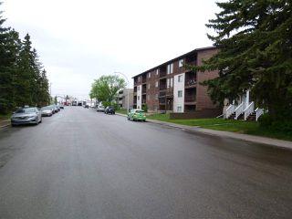 Photo 2: 10150 159 Street in Edmonton: Zone 21 House for sale : MLS®# E4158481