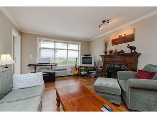 """Photo 3: 105 45753 STEVENSON Road in Sardis: Sardis East Vedder Rd Condo for sale in """"Park Place II"""" : MLS®# R2375433"""