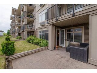 """Photo 12: 105 45753 STEVENSON Road in Sardis: Sardis East Vedder Rd Condo for sale in """"Park Place II"""" : MLS®# R2375433"""