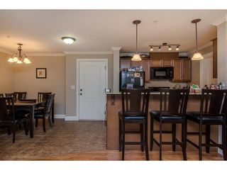 """Photo 6: 105 45753 STEVENSON Road in Sardis: Sardis East Vedder Rd Condo for sale in """"Park Place II"""" : MLS®# R2375433"""