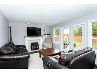 "Photo 9: 35443 LETHBRIDGE Drive in Abbotsford: Abbotsford East House for sale in ""Sandyhill"" : MLS®# R2378218"