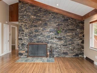 Photo 4: 423 36 Street SW in Calgary: Spruce Cliff Detached for sale : MLS®# C4255091