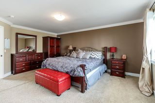 Photo 10: 6064 145 Street in Surrey: Sullivan Station House for sale : MLS®# R2384708