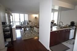 Photo 7: 1112 310 Red Maple Road in Richmond Hill: Langstaff Condo for lease : MLS®# N4505564