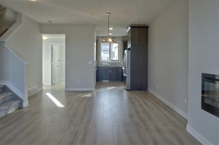 Photo 5: 395 Pioneer Road: Spruce Grove House Half Duplex for sale : MLS®# E4165446