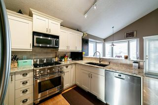 Photo 8: 17220 113B Street in Edmonton: Zone 27 House for sale : MLS®# E4180708