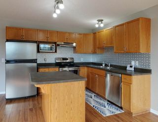 Photo 11: 85 WESTWOOD Lane: Fort Saskatchewan House Half Duplex for sale : MLS®# E4194595