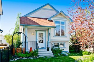 Main Photo: 93 COVILLE Square NE in Calgary: Coventry Hills Detached for sale : MLS®# A1018167