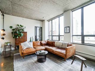 Photo 3: 508 919 STATION Street in Vancouver: Strathcona Condo for sale (Vancouver East)  : MLS®# R2489831