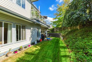 """Photo 15: 1 21579 88B Avenue in Langley: Walnut Grove Townhouse for sale in """"Carriage Park"""" : MLS®# R2494791"""
