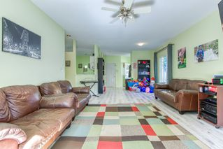"""Photo 5: 1 21579 88B Avenue in Langley: Walnut Grove Townhouse for sale in """"Carriage Park"""" : MLS®# R2494791"""