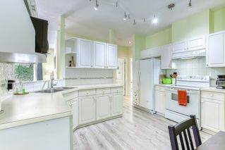 """Photo 7: 1 21579 88B Avenue in Langley: Walnut Grove Townhouse for sale in """"Carriage Park"""" : MLS®# R2494791"""