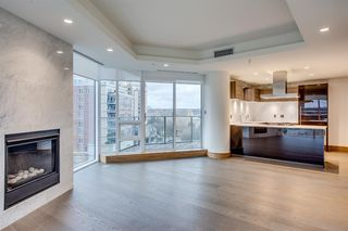 Photo 6: 701 738 1 Avenue SW in Calgary: Eau Claire Apartment for sale : MLS®# A1043856