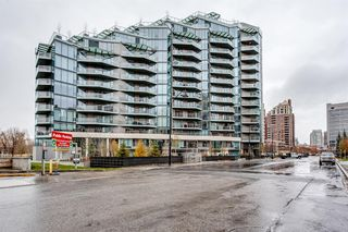 Photo 2: 701 738 1 Avenue SW in Calgary: Eau Claire Apartment for sale : MLS®# A1043856