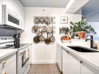 """Photo 17: 1106 720 CARNARVON Street in New Westminster: Downtown NW Condo for sale in """"Carnarvon Towers"""" : MLS®# R2518047"""
