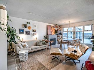 """Photo 7: 1106 720 CARNARVON Street in New Westminster: Downtown NW Condo for sale in """"Carnarvon Towers"""" : MLS®# R2518047"""