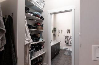 """Photo 11: 409 2632 PAULINE Street in Abbotsford: Central Abbotsford Condo for sale in """"Yale Crossing"""" : MLS®# R2519217"""
