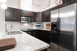 """Photo 2: 409 2632 PAULINE Street in Abbotsford: Central Abbotsford Condo for sale in """"Yale Crossing"""" : MLS®# R2519217"""